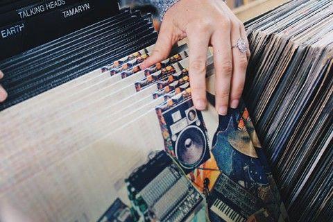 Waar halen DJ's hun muziek vandaan?