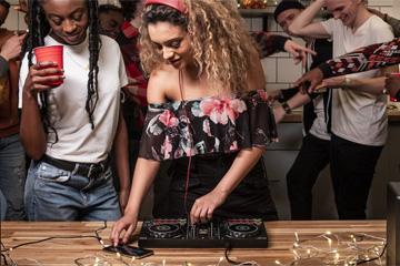 Pioneer DDJ-200 en DJ-en op je iPhone