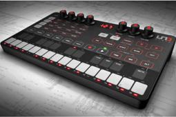 IK Multimedia schudt de boel op met hun eerste synthesizer: UNO!