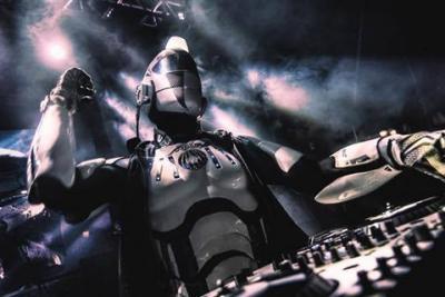 Nieuw tijdperk: Robot DJ in Tsjechië